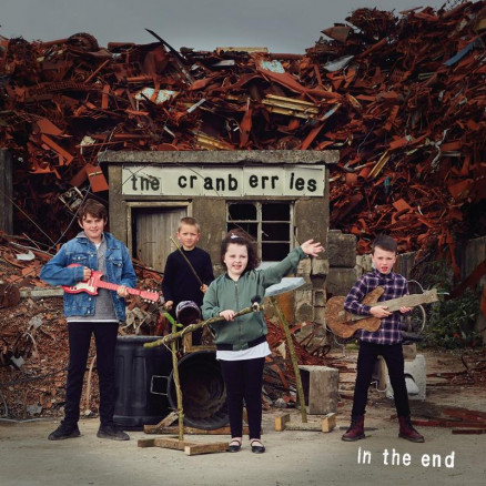 The Cranberries In The End CD Cover - Photocredit Andy Earl